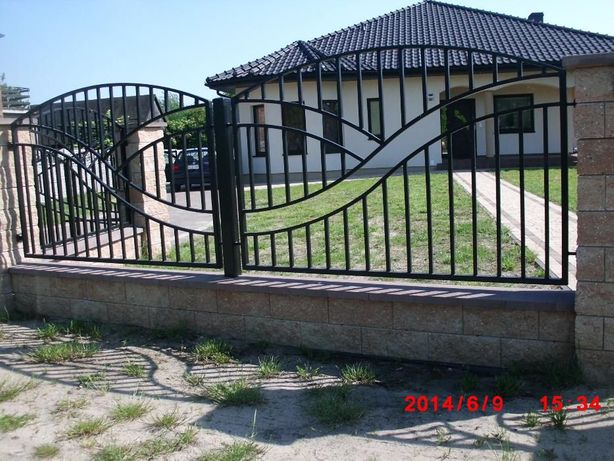 Bramy, balustrady, ogrodzenia, furtki i inne wyroby metalowe, kute