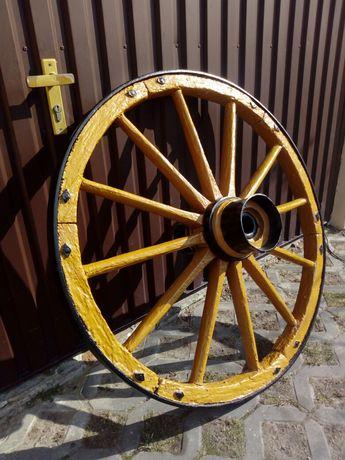 Stare odnowione koło od wozu 85 cm