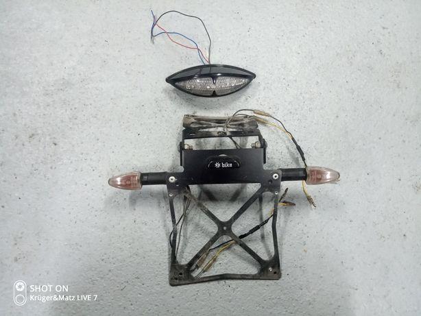 Lampa tylna +ramka z kierunkami