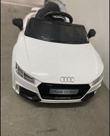 Carro eletrico 12v audi TT RS