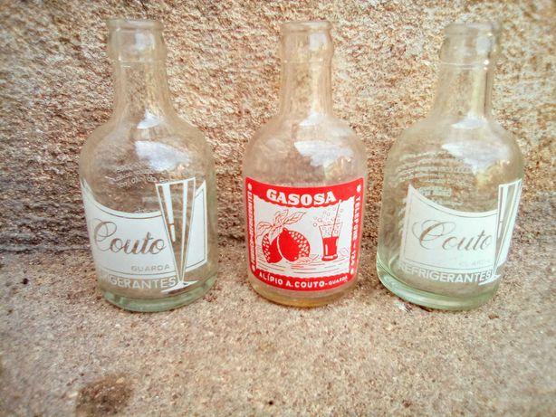 Conjunto de 3 garrafas pirogravadas Refrigerantes Couto