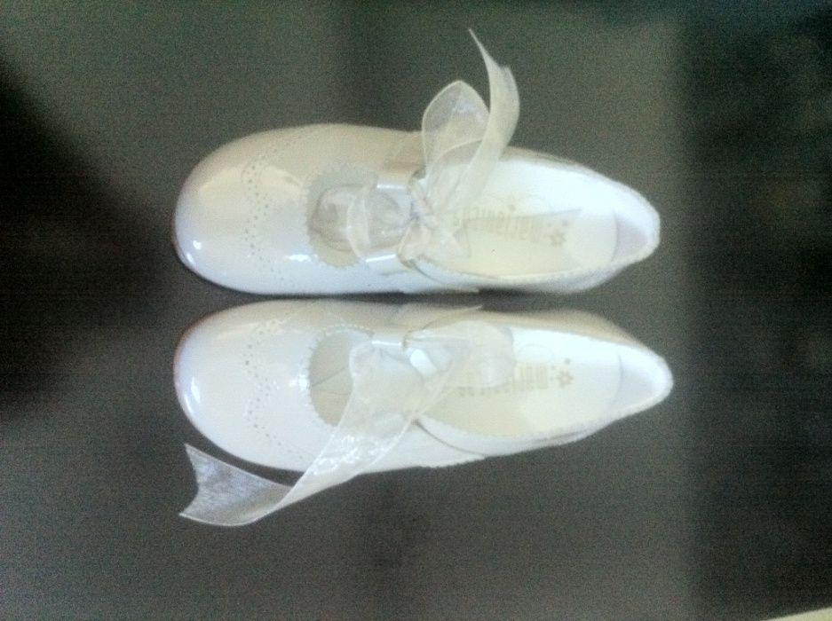 Sapatos menina Santo Tirso, Couto (Santa Cristina E São Miguel) E Burgães - imagem 1