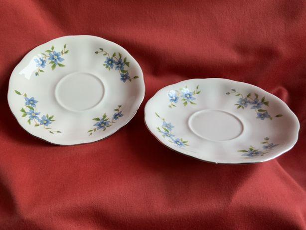 talerzyki spodeczki w niebieskie kwiaty z  Karoliny