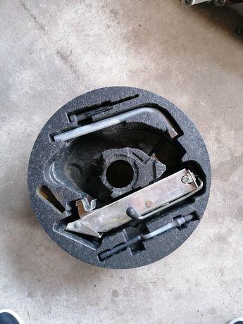 Audi A4 B6/B7 kit pneu suplente
