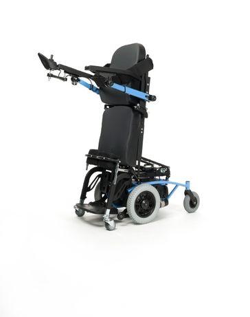 wózek inwalidzki elektryczny z funkcją pionizacji