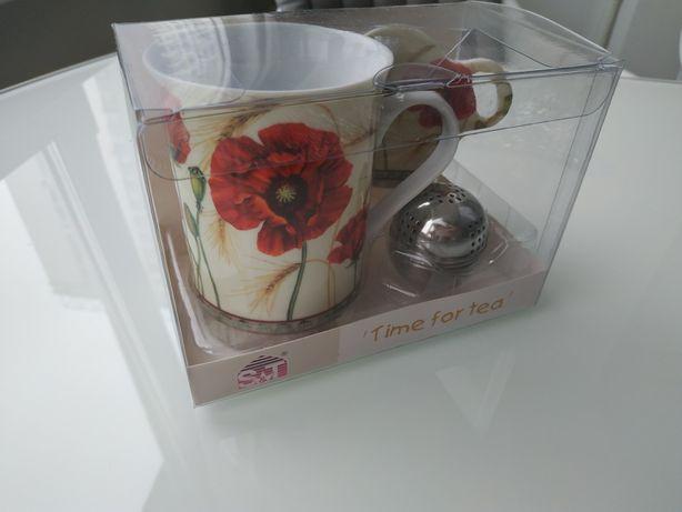 Фарфоровая чашка кружка с заварником в подарочной упаковке