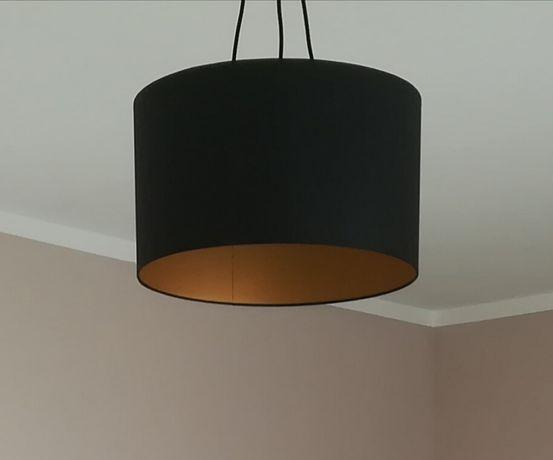 Lampa sufitowa czarna, złoty środek
