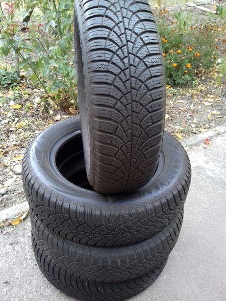Зимняя резина Goodyear 185/65R15 7+мм