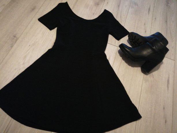 Sukienka mała czarna 38 hm