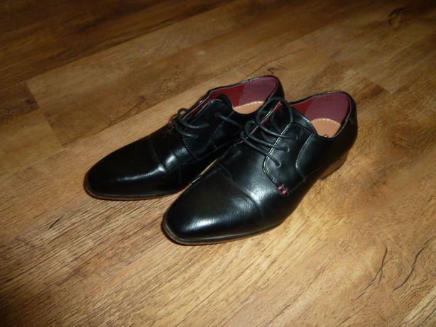 River Island Нарядные туфли , классические костюмные туфли, р 32-34 ил