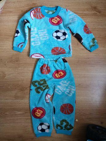Тёплая пижама мальчику 2-4года