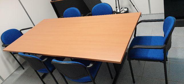 Mesa de reuniões com 6 cadeiras