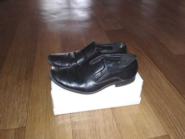 Школьная обувь туфли