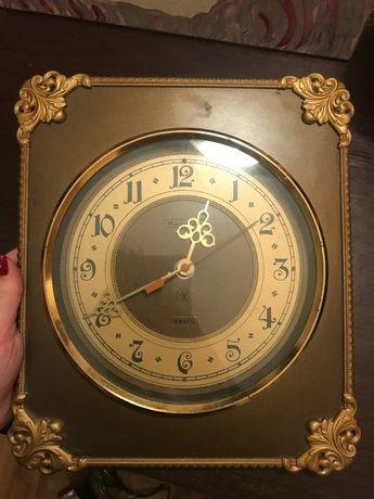 Старинные часы янтарь кварц
