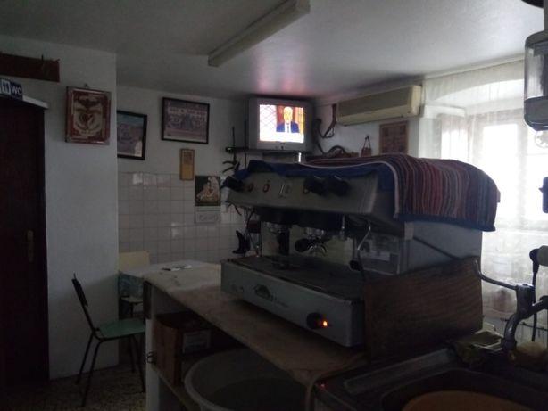 Exploração/ Trespasse café
