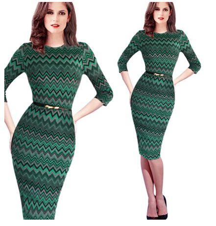 Трикотажное платье с геометрическим рисунком,размер 46/48