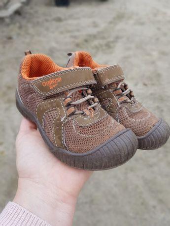 Кросівочки Oshkosh