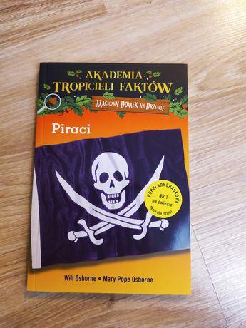 Akademia tropicieli faktów piraci