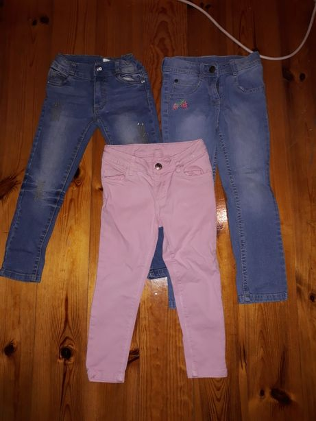 Spodnie 104 cena za calosc