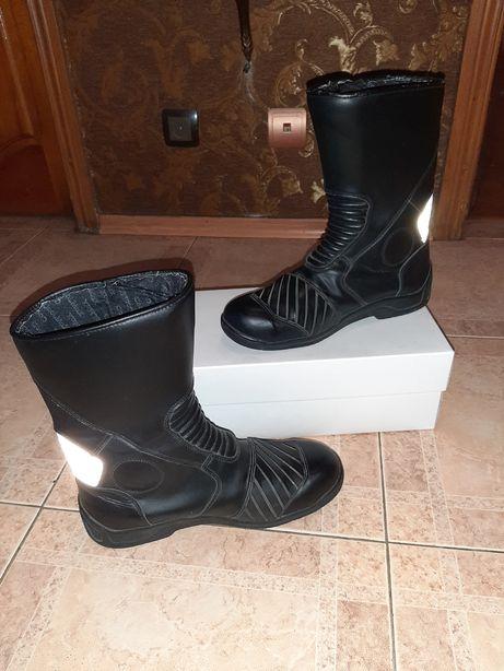 Мотоциклетные сапоги,ботинки