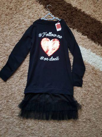 Нарядное платье с пайетками 152 р, новое, можно в школу