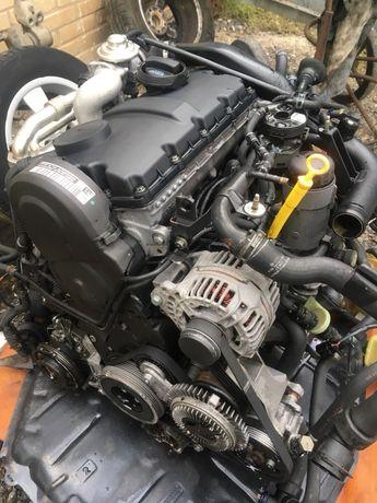 Мотор, Двигатель Audi A4 b5, b6, A6 c5, vw passat b5+ 2.0 tdi