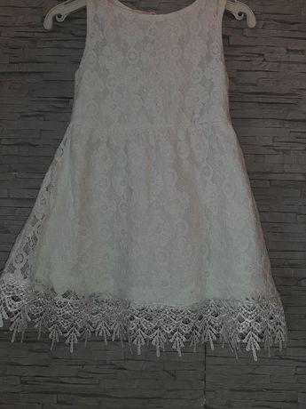 Zestaw sukienek dla dziewczynki 104 koronkowa biala różowa piękne