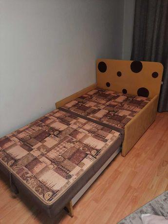 Розкладне крісло диван