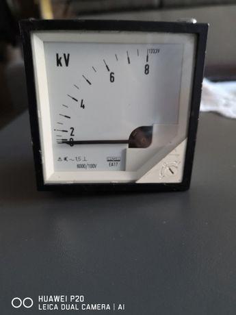 Miernik tablicowy woltomierz 8 kV AC LUMEL EA 17