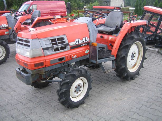 Kubota GL 4x4 Sadownik do borówki ogrodu glebogryzarka l5040