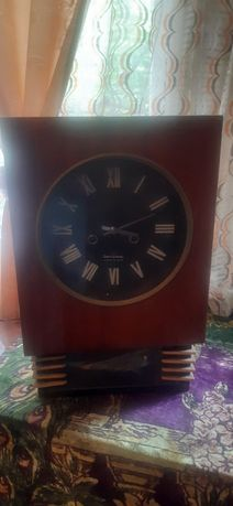Часы с боем в хорошем состоянии