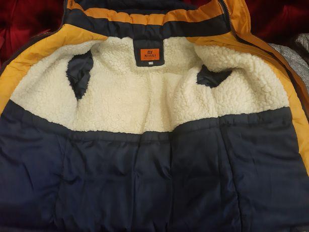 Куртка зимняя на мальчика 7-8лет