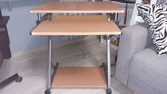 Stolik biurko komputerowe pod laptop