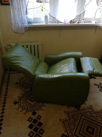 Świetny fotel. Do leżenia i do siedzenia. Piękna prawdziwa skóra