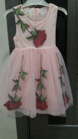 Нарядне плаття на дівчинку, красивое нарядное платье