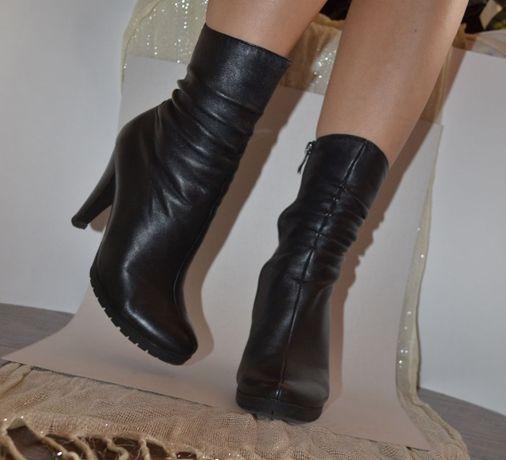 Осінньо-весняні ботинки