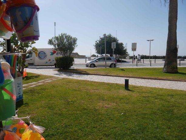 Conj. 3 lojas na Praia da Rocha - Linha da frente