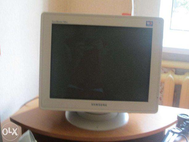 Комп'ютер SAMSUNG