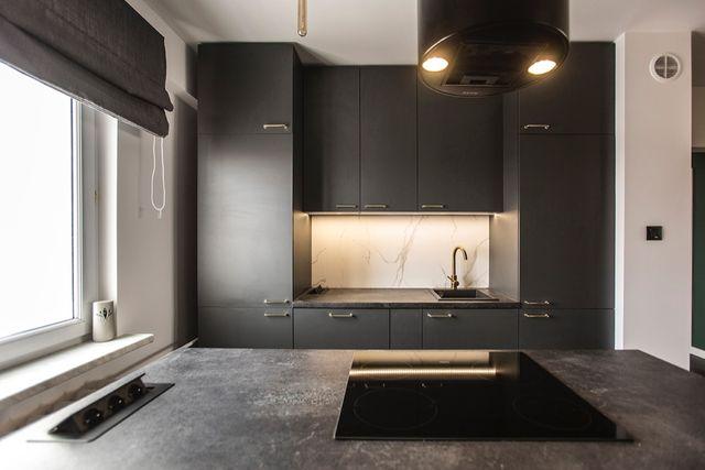 Bezpośrednio - Mieszkanie 5 pokojowe - po remoncie