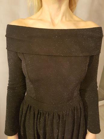 Sukienka czarna mieniąca