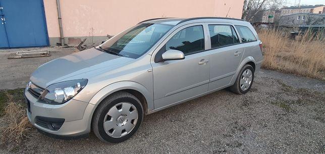 Opel Astra 1.6 benzyna 2006r. Klima bezwypadkowe
