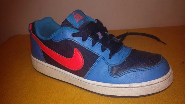 Nike Court Borouhg 38(24)