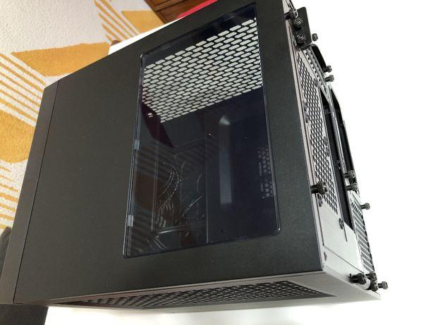 Mini-ITX Corsair Obsidian 250D | suporta PSU ATX, AIO 240mm, GPU 290mm