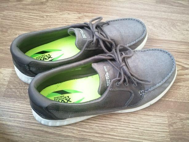 Sapatos Skechers N°44