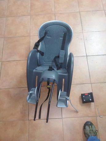 Cadeira de crianca para a bicicleta polisport