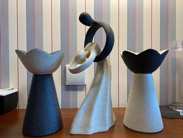 Conjunto feito à mão com dois suportes de vela e peça decorativa