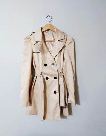 Beżowy, bawełniany płaszcz rozm M z paskiem