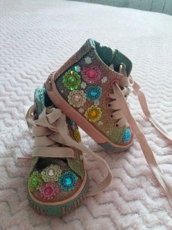 Детская обувь(ботинки)