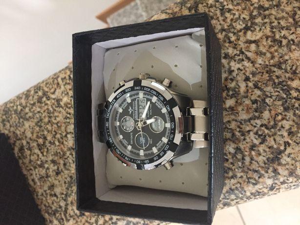 Relógio Geneva Design