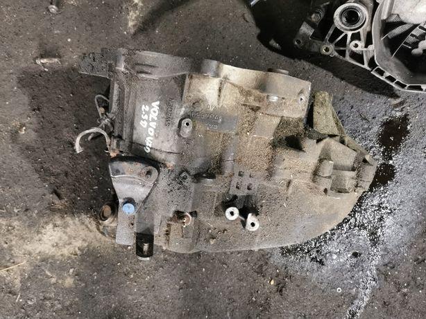 Skrzynia biegów manualna VOLVO V70 S80 2.5 TDI